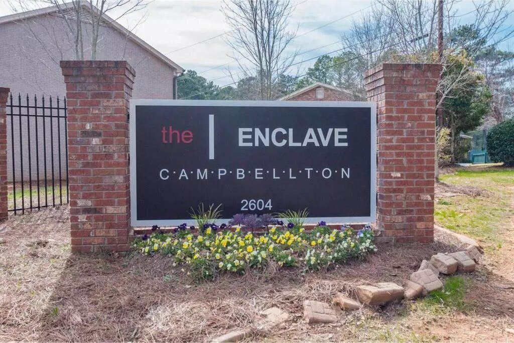33 Holdings Acquires Portfolio of 33 Foreclosed TownHomes in Metro Atlanta